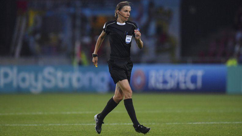La final de la Supercopa de Europa la dirigirá una mujer
