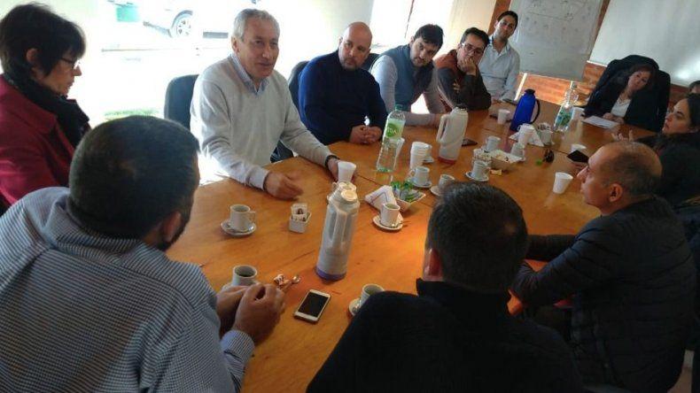 La reunión que Alfredo Béliz mantuvo con integrantes del sector productivo de Puerto Madryn.