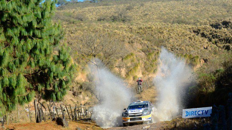 El cordobés David Nalbandian se quedó ayer con la etapa del Rally del Poncho y su ilusión es quedarse con la victoria.