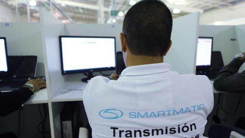 Alerta por las vulnerabilidades de Smartmatic para el recuento provisorio