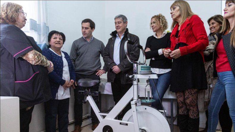 El municipio entregó equipamiento al área de Cardiología del Hospital