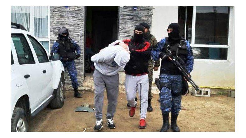 En total fueron tres los detenidos por la sucesión de robos en Comodoro Rivadavia.