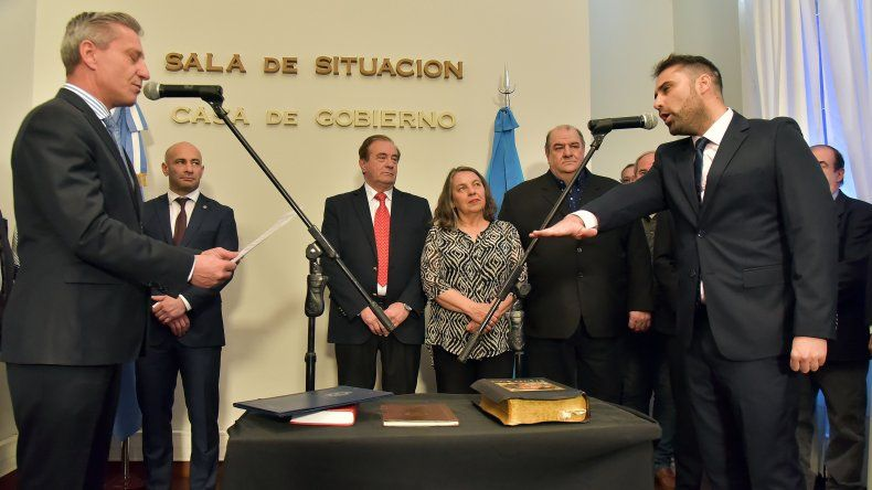 Arcioni tomó juramento a dos nuevos funcionarios