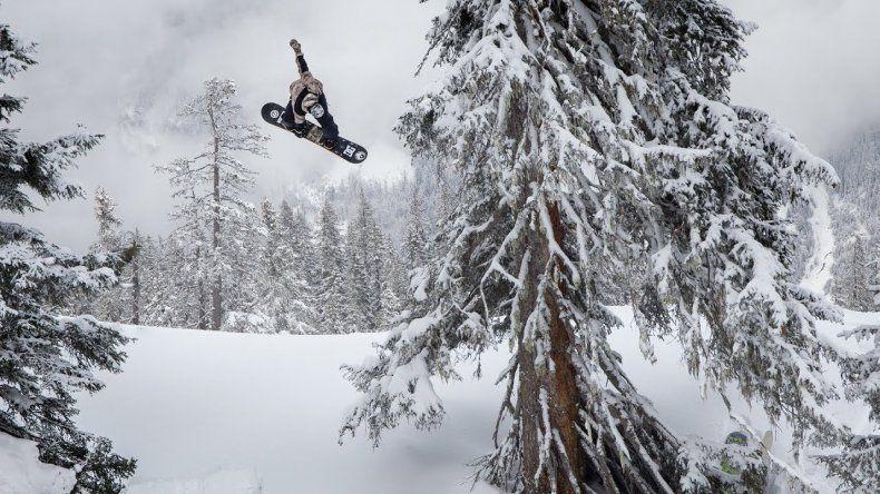 El mejor snowboard llega al  país para grabar una serie