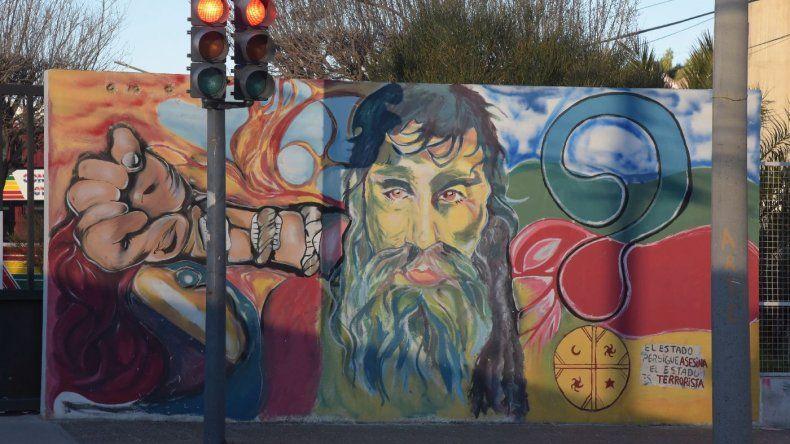 El mural de Santiago Andrés Maldonado en Comodoro