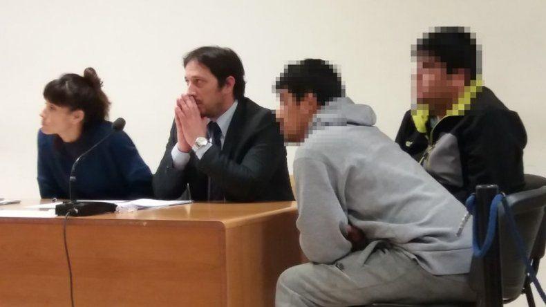 A pedido del fiscal Julio Puentes le dictaron la prisión preventiva a Fabián Alejandro Nahuelpan y a Oscar Andrés Vejar