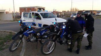 Secuestraron dos camionetas y una moto en los controles de Km 8