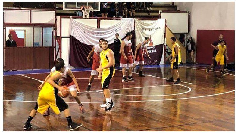 Federación Deportiva y Náutico Rada Tilly darán comienzo esta noche a la definición del torneo Apertura de básquetbol para la categoría Mayores.