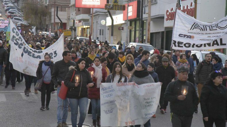 En Comodoro, estatales se manifestaron el miércoles y jueves