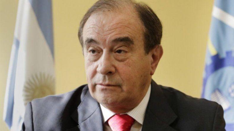 Luis Tarrío manifestó en declaraciones públicas que la única salida posible era su renuncia.