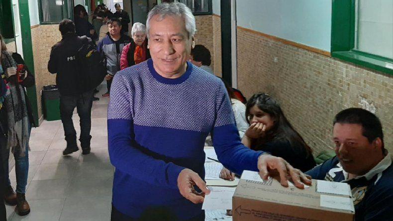 Votó el precandidato a diputado nacional Alfredo Beliz