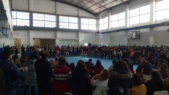 multitudinaria asamblea docente: definen las proximas medidas