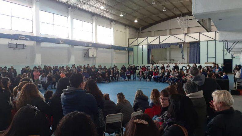 Multitudinaria asamblea docente: definen las próximas medidas