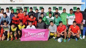 Chubut comienza hoy su ciclo de convocatorias para depurar a su selección de fútbol para la Araucanía.