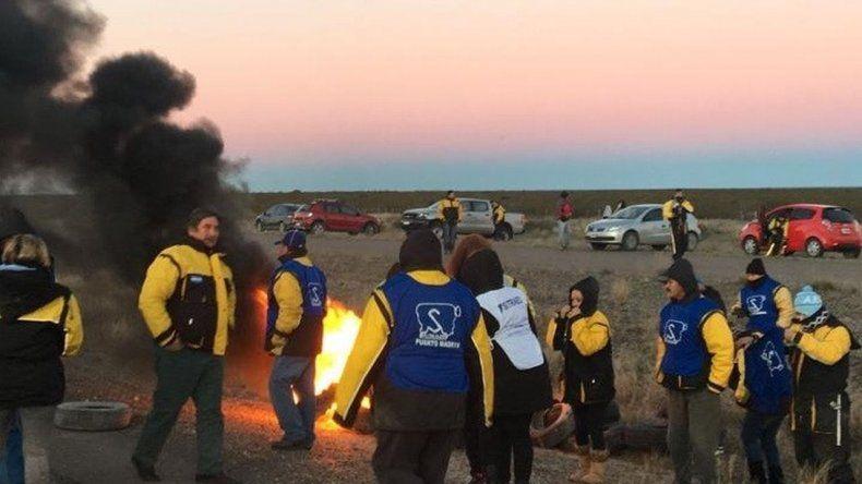 En distintos puntos de Chubut se replica la protesta de estatales