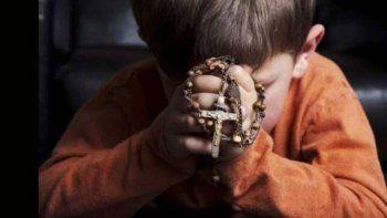 Monjas obligan a rezar el rosario en escuelas públicas
