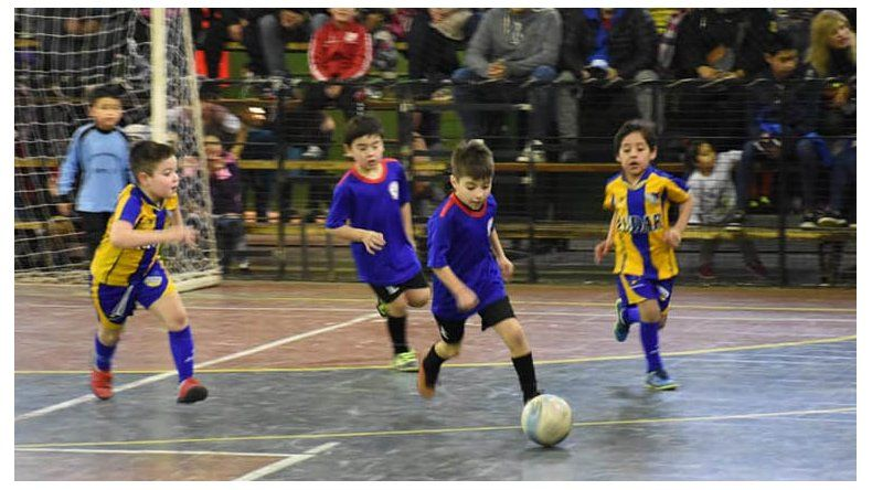 Se jugarán 23 partidos en dos días en el gimnasio del barrio Laprida.