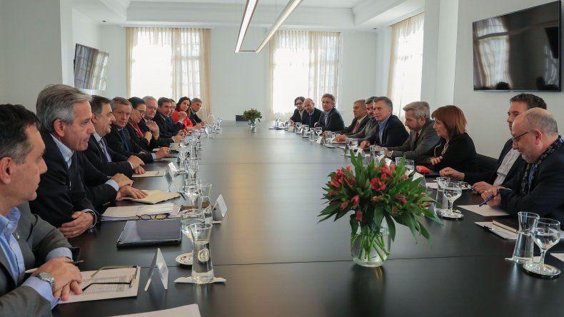 La reunión que Macri encabezó ayer con su gabinete luego del anuncio de medidas económicas.