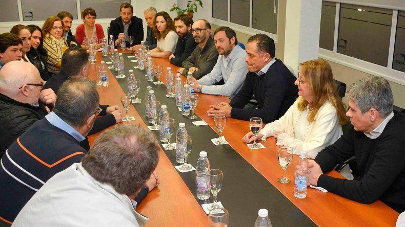 Concesionarios y permisionarios de la Zona Franca de Río Gallegos mantuvieron una extensa reunión con la gobernadora Alicia Kirchner.