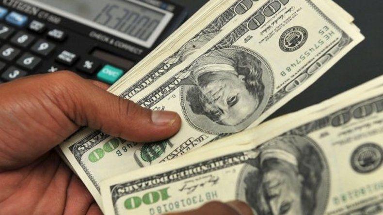 El dólar acumula una suba del 33,5% luego de las PASO