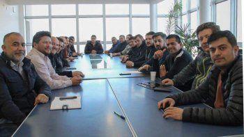 La dirigencia del gremio petrolero encabezada por Claudio Vidal, aprobó por unanimidad la construcción de un edificio escolar en Las Heras.