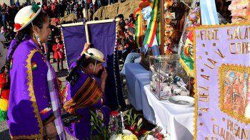 celebraron a las virgenes de urkupina y copacabana