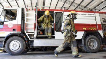enganan a bomberos con un autobomba en buenos aires
