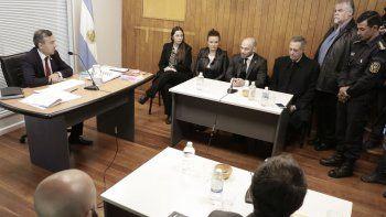 massoni anuncia la suspension de los cortes y atech lo desmiente