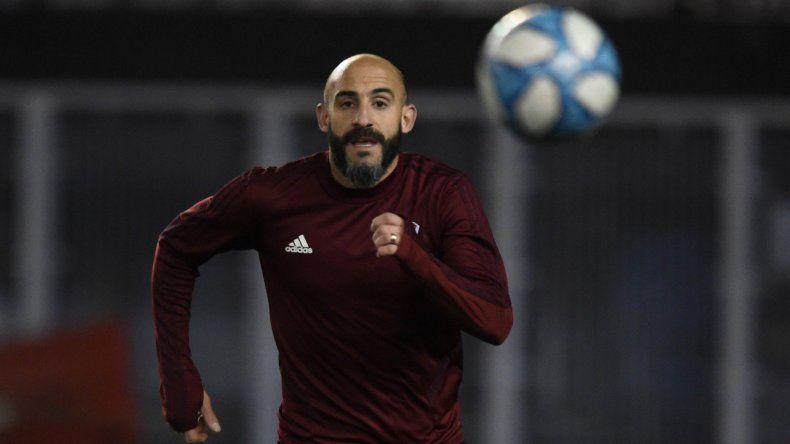 Javier Pinola se encuentra a disposición del cuerpo técnico de River de cara al partido de mañana ante Cerro Porteño.