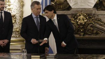 Macri afronta el camino a la elección de octubre con nuevo ministro de Economía.