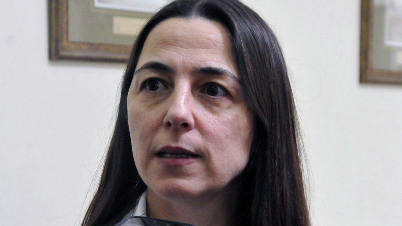 La ministra Vega pide un gesto de los gremios