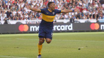 Ramón Wanchope Abila abrió el marcador en un partido que Boca supo manejar con criterio.