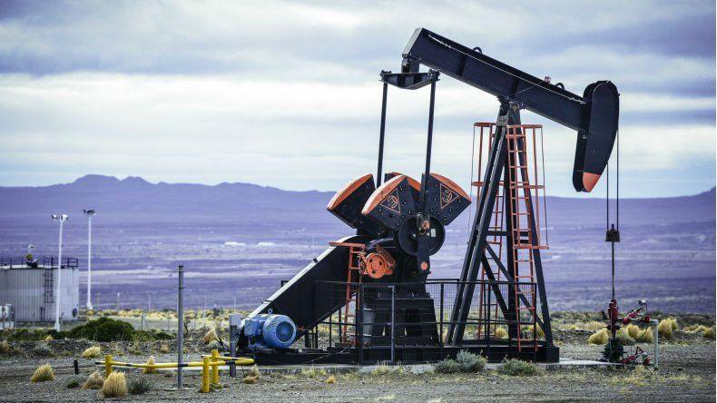 Santa Cruz ve perjudicada su economía por el congelamiento del precio del barril de crudo.