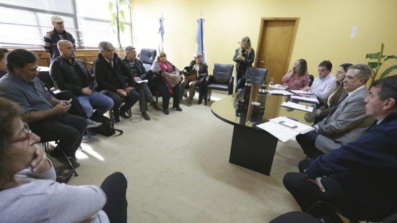 ATE, SOyEAP, UPCN y SATSAID  los primeros en reunirse con el Gobierno