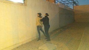 Intentó robar una casa en KM 8 y terminó en un calabozo