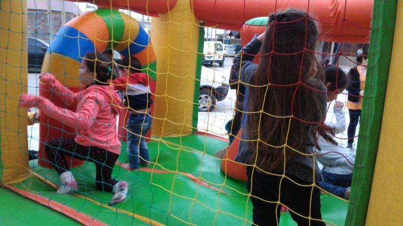 Más de 400 niños festejaron su día en el barrio Juan XXIII