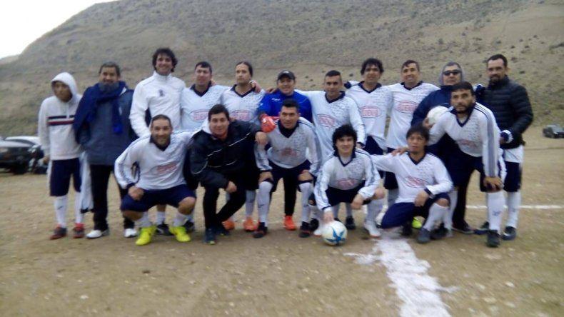 Ferro –foto- goleó 5-1 a Ecomsa por la división B de los Senior.
