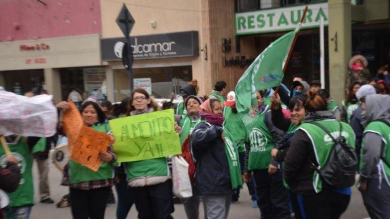 Las protestan persisten en los principales centros urbanos de Chubut.
