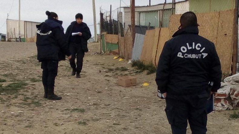 Ajuste de cuentas. La Policía Científica secuestró 28 vainas de munición calibre 9 milímetros en la calle del Stella Maris.