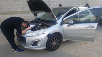 La División Sustracción Automotores de Comodoro Rivadavia de la Policía del Chubut recuperó un vehículo robado en Santa Fe que circulaba con chapa patente adulterada.