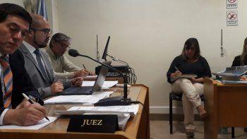 Los jueces Odorisio y Cosmaro revisaron el viernes la decisión adoptada el día anterior por Caviglia. Confirmaron la prisión domiciliaria de Bustos y la libertad diurna de Hernández.