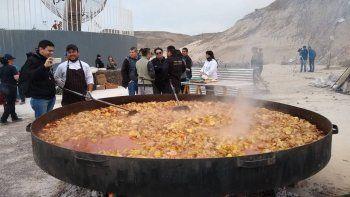 Se vendieron más de mil porciones de comida por los Bomberos Voluntarios