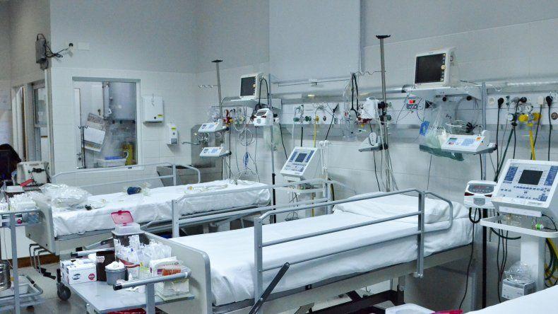 En el Hospital Regional faltan insumos y los médicos elevan la voz para prevenir posibles emergencias.