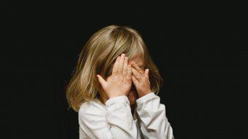 Denunciaron a un mago por abusos en un jardín de infantes