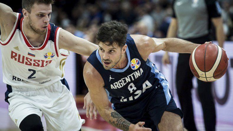 Nicolás Laprovittola comandando un ataque de la selección argentina
