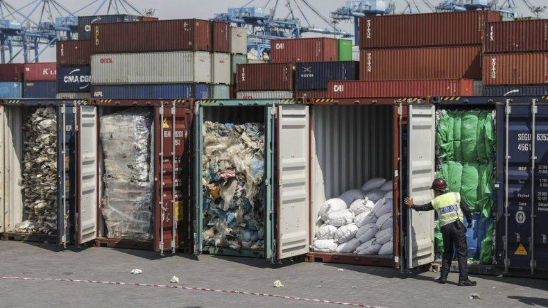 Argentina le abre la puerta a la importación de residuos.
