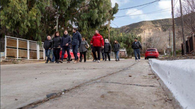 Quedó inaugurada la obra de pavimentación en barrio Sismográfica