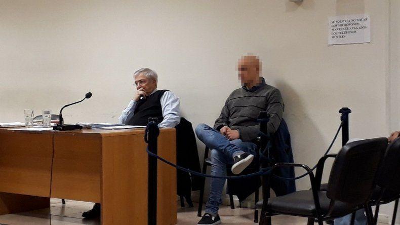 El imputado permanece en prisión desde marzo del año pasado. Su abogado es el defensor oficial Esteban Mantecón.