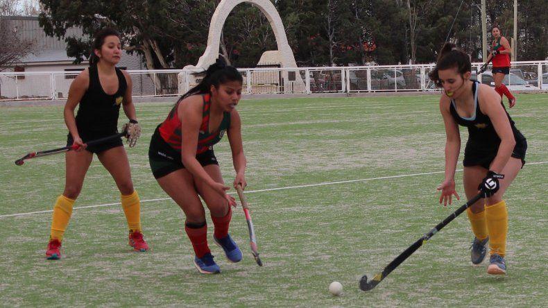 Náutico Rada Tilly se impuso por 6-1 a Deportivo Portugués y se afirma en la punta del torneo Clausura en la categoría Primera Damas.