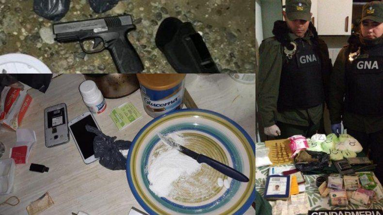 Ocho detenidos en múltiples allanamientos por drogas